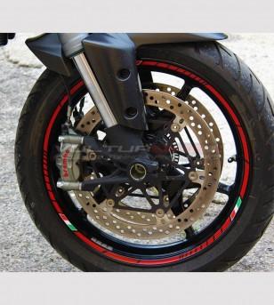 Profils adhésifs universels pour roues de moto