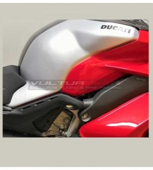 Custom carbon tank's cover - Ducati Panigale V4 / V4s / V4R / Streetfighter V4