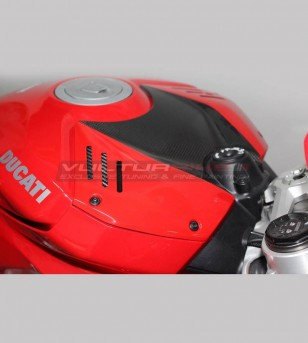 Carbon tank protection custom design - Ducati Panigale V4 / V4S / V4R