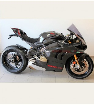 Complete carbon fairings'...
