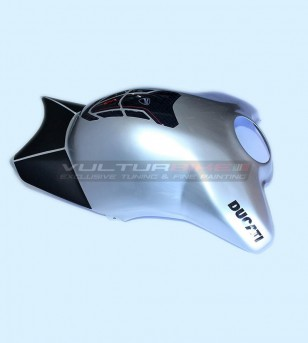 Carbon Tank cover glossy...