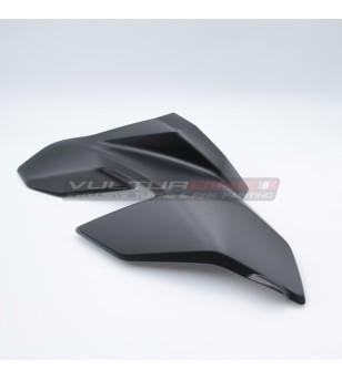 Arc droit noir Ducati...